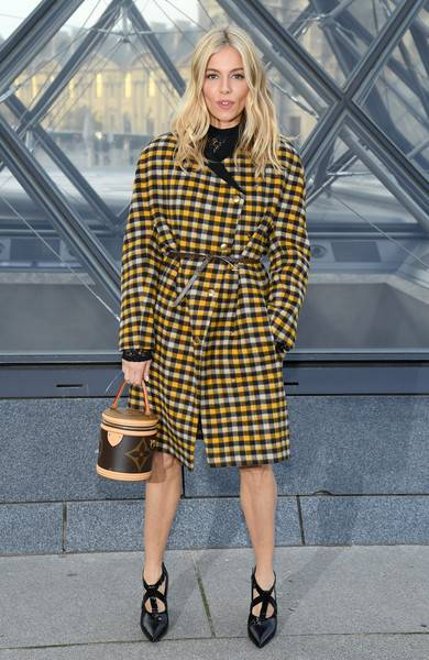 Sienna Miller Lifestyle, Wiki, Net Worth, Income, Salary, House, Cars, Favorites, Affairs, Awards, Family, Facts & Biography - 1564315923 877 Sienna Miller Lifestyle Wiki Net Worth Income Salary House Cars