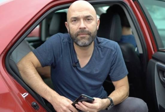 Joshua Harris Carrera