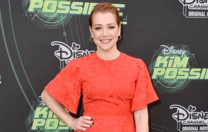 Alyson Hannigan Lifestyle, Wiki, Net Worth, Income, Salary, House, Cars, Favorites, Affairs, Awards, Family, Facts & Biography - Alyson Hannigan Lifestyle Wiki Net Worth Income Salary House Cars