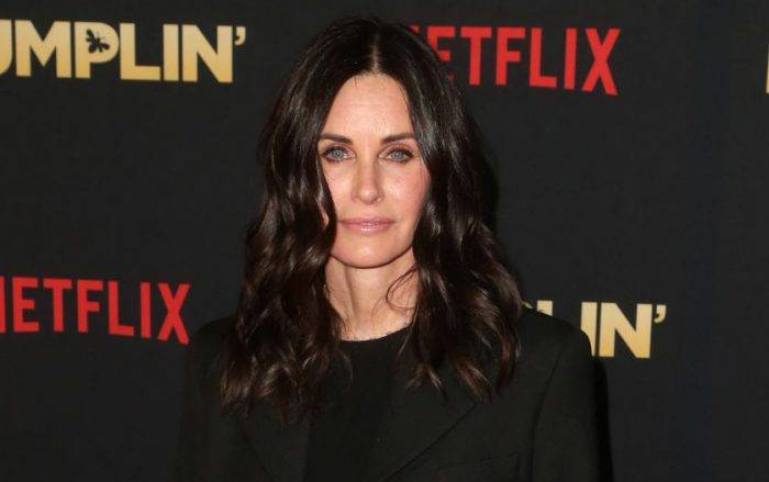 Courteney Cox Lifestyle, Wiki, Net Worth, Income, Salary, House, Cars, Favorites, Affairs, Awards, Family, Facts & Biography - Courteney Cox Lifestyle Wiki Net Worth Income Salary House Cars