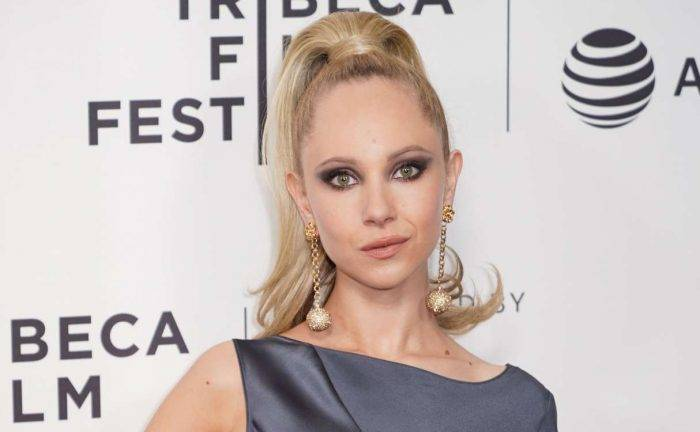 Juno Temple Lifestyle, Wiki, Net Worth, Income, Salary, House, Cars, Favorites, Affairs, Awards, Family, Facts & Biography - Juno Temple Lifestyle Wiki Net Worth Income Salary House Cars
