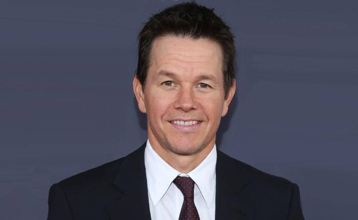 Mark Wahlberg Lifestyle, Wiki, Net Worth, Income, Salary, House, Cars, Favorites, Affairs, Awards, Family, Facts & Biography - Mark Wahlberg Lifestyle Wiki Net Worth Income Salary House Cars