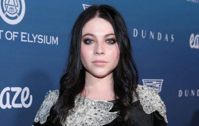Michelle Trachtenberg Lifestyle, Wiki, Net Worth, Income, Salary, House, Cars, Favorites, Affairs, Awards, Family, Facts & Biography - Michelle Trachtenberg Lifestyle Wiki Net Worth Income Salary House Cars