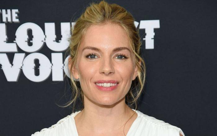 Sienna Miller Lifestyle, Wiki, Net Worth, Income, Salary, House, Cars, Favorites, Affairs, Awards, Family, Facts & Biography - Sienna Miller Lifestyle Wiki Net Worth Income Salary House Cars