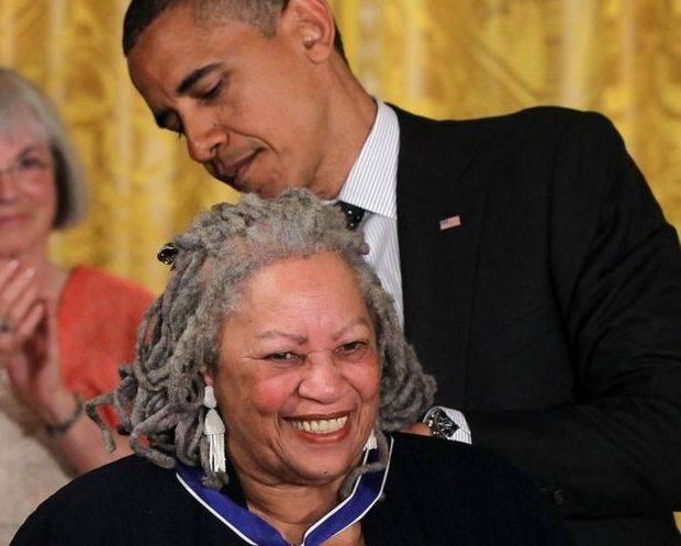 Honors Toni Morrison