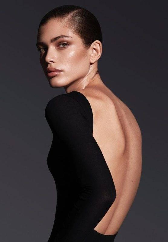 Valentina Sampaio Height