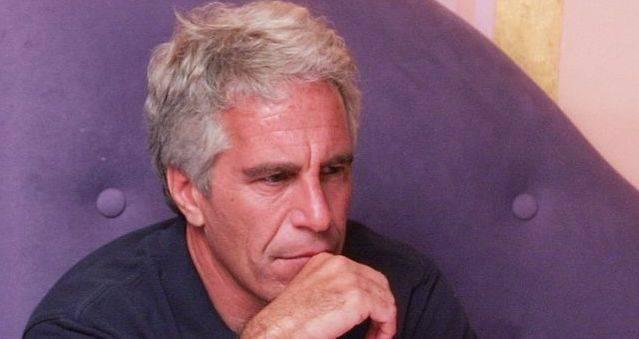"""Jeffrey Epstein's death cause """"data-caption ="""" Jeffrey Epstein """"data-source ="""" @ bbc.com"""