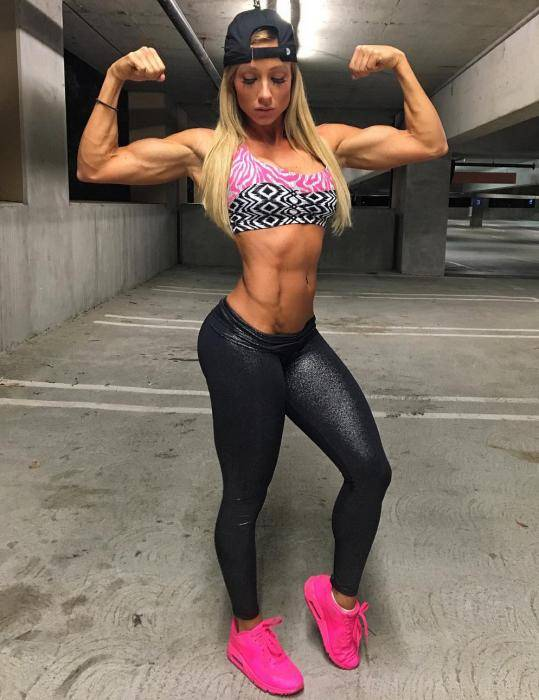 Paige Hathaway Lifestyle, Wiki, Net Worth, Income, Salary, House, Cars, Favorites, Affairs, Awards, Family, Facts & Biography - 1566441337 307 Paige Hathaway Lifestyle Wiki Net Worth Income Salary House Cars