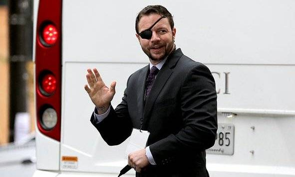 Dan Crenshaw Biography - 1566484404 Dan Crenshaw Biography