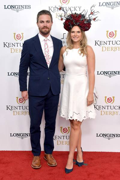 Stephen Amell Lifestyle, Wiki, Net Worth, Income, Salary, House, Cars, Favorites, Affairs, Awards, Family, Facts & Biography - 1566918119 417 Stephen Amell Lifestyle Wiki Net Worth Income Salary House Cars