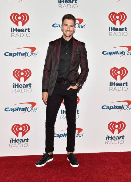 James Maslow Lifestyle, Wiki, Net Worth, Income, Salary, House, Cars, Favorites, Affairs, Awards, Family, Facts & Biography - 1567004759 667 James Maslow Lifestyle Wiki Net Worth Income Salary House Cars
