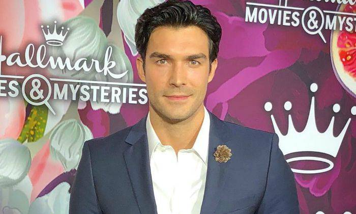 Peter Porte Bio, Age, Spouse, Dating, Height, Net Worth, Facts - Peter Porte Bio Age Spouse Dating Height Net Worth Facts