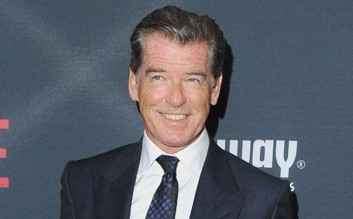 Pierce Brosnan Lifestyle, Wiki, Net Worth, Income, Salary, House, Cars, Favorites, Affairs, Awards, Family, Facts & Biography - Pierce Brosnan Lifestyle Wiki Net Worth Income Salary House Cars
