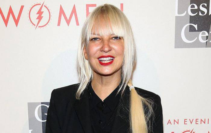 Sia Furler Lifestyle, Wiki, Net Worth, Income, Salary, House, Cars, Favorites, Affairs, Awards, Family, Facts & Biography - Sia Furler Lifestyle Wiki Net Worth Income Salary House Cars
