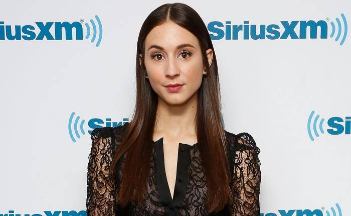 Troian Bellisario Lifestyle, Wiki, Net Worth, Income, Salary, House, Cars, Favorites, Affairs, Awards, Family, Facts & Biography - Troian Bellisario Lifestyle Wiki Net Worth Income Salary House Cars