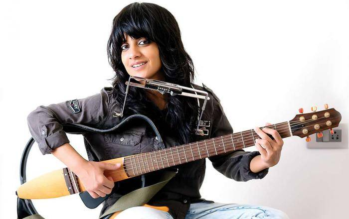 Jasleen Royal Lifestyle, Wiki, Net Worth, Income, Salary, House, Cars, Favorites, Affairs, Awards, Family, Facts & Biography - 1567785381 679 Jasleen Royal Lifestyle Wiki Net Worth Income Salary House Cars