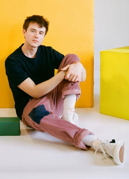 Alec Benjamin Lifestyle, Wiki, Net Worth, Income, Salary, House, Cars, Favorites, Affairs, Awards, Family, Facts & Biography - 1567871982 521 Alec Benjamin Lifestyle Wiki Net Worth Income Salary House Cars