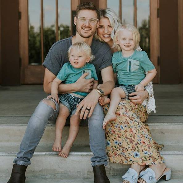 "Jarrid Wilson married ""data-caption ="" Jarrid Wilson and his family. ""Data-source ="" Instagram @ jarridwilson"