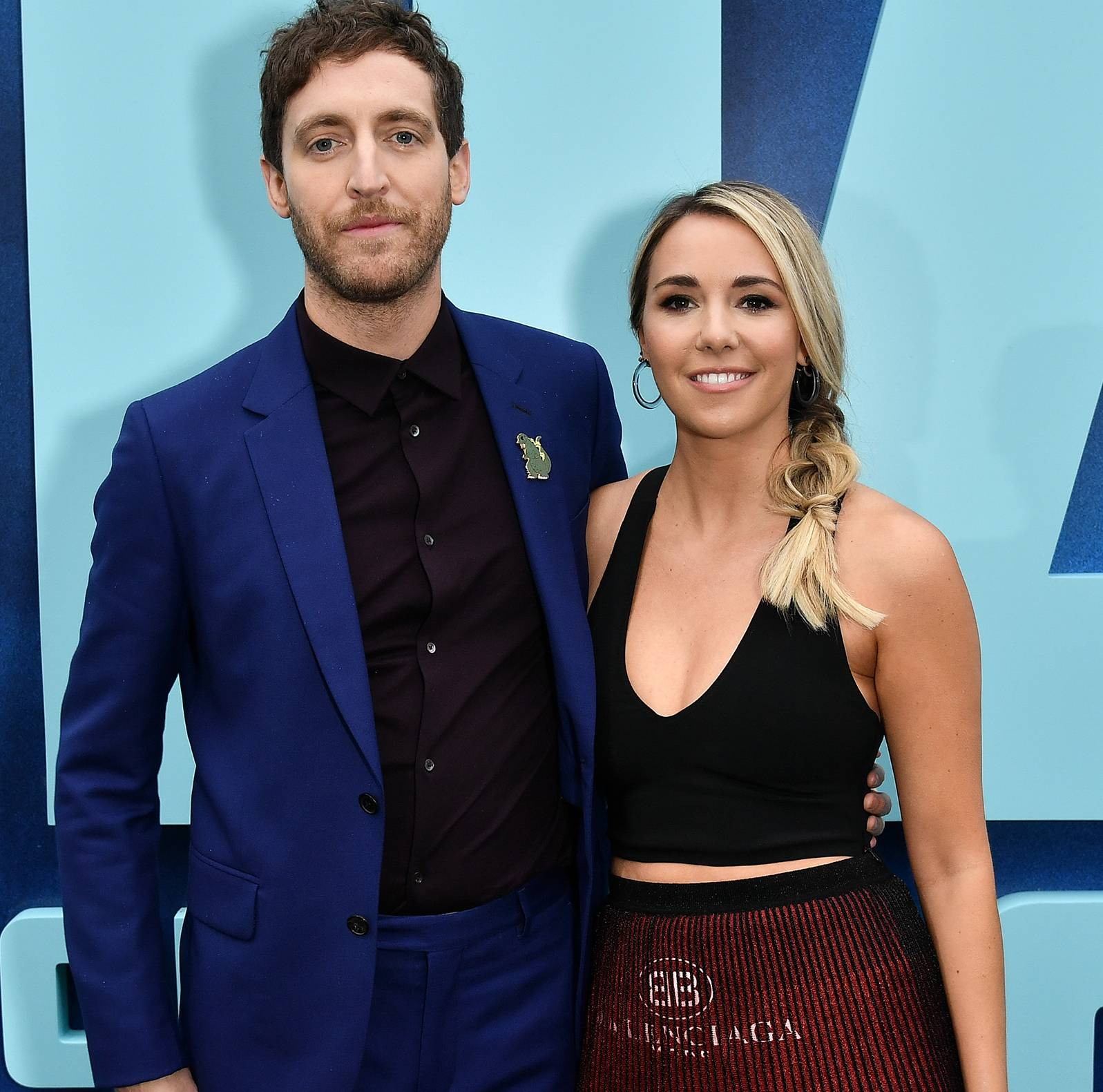 "Mollie Gates family ""data-caption ="" Thomas Middleditch and his wife Mollie Gates. ""Data-source ="" @ usmagazine.com"