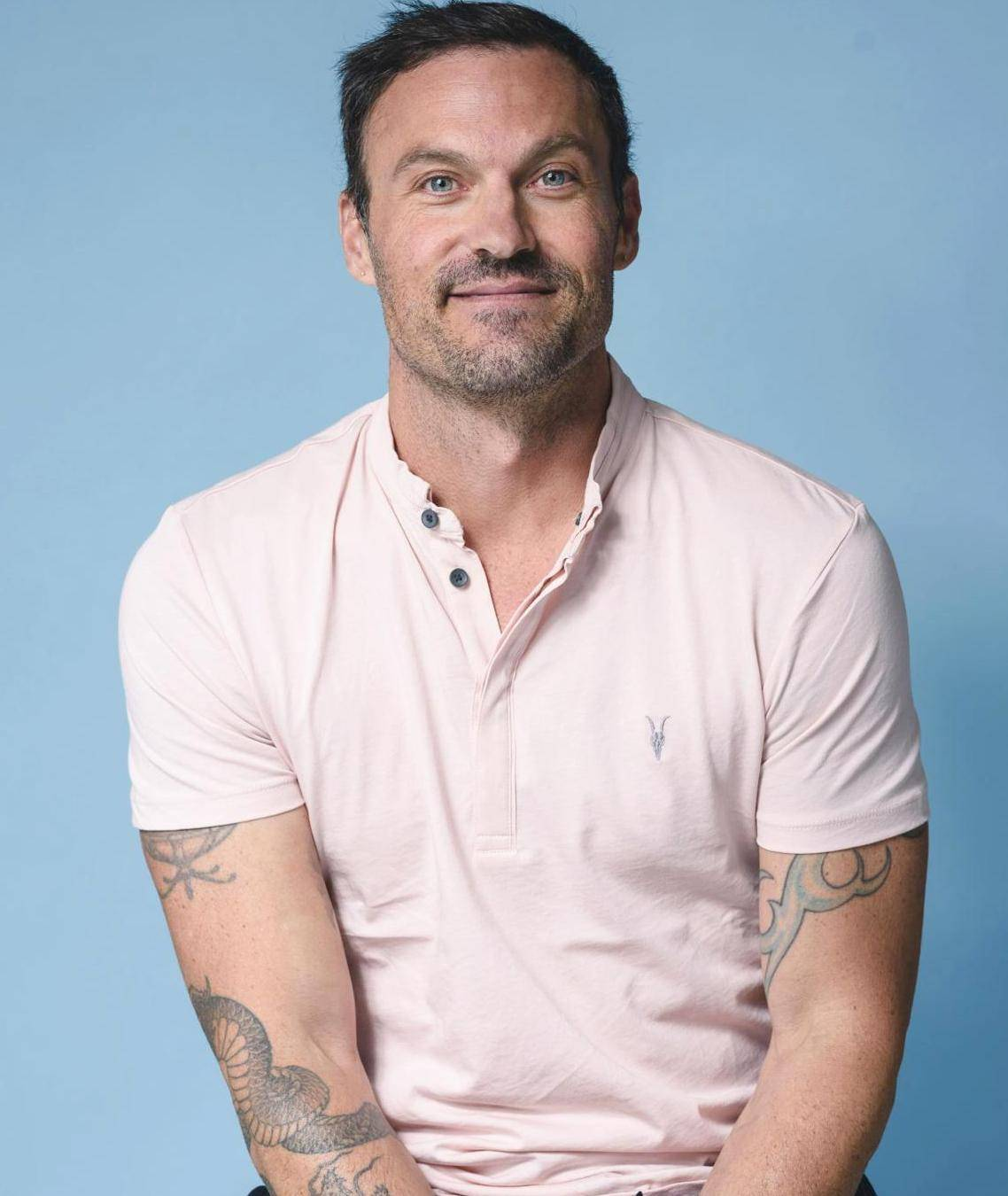 "Brian Austin Green Net Worth ""data-caption ="" Star of Beverly Hills 90210 Brian Austin Green. ""Data-source ="" @ tucson.com"
