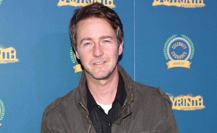 Edward Norton Lifestyle, Wiki, Net Worth, Income, Salary, House, Cars, Favorites, Affairs, Awards, Family, Facts & Biography - Edward Norton Lifestyle Wiki Net Worth Income Salary House Cars