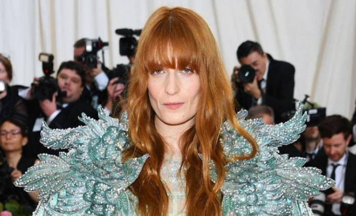 Florence Welch Lifestyle, Wiki, Net Worth, Income, Salary, House, Cars, Favorites, Affairs, Awards, Family, Facts & Biography - Florence Welch Lifestyle Wiki Net Worth Income Salary House Cars