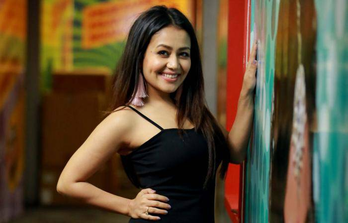 Neha Kakkar Lifestyle, Wiki, Net Worth, Income, Salary, House, Cars, Favorites, Affairs, Awards, Family, Facts & Biography - Neha Kakkar Lifestyle Wiki Net Worth Income Salary House Cars