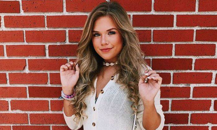 Sarah Graysun Age, Bio, Wiki, Height, Family, Boyfriend, TikTok, Facts - Sarah Graysun Age Bio Wiki Height Family Boyfriend TikTok Facts