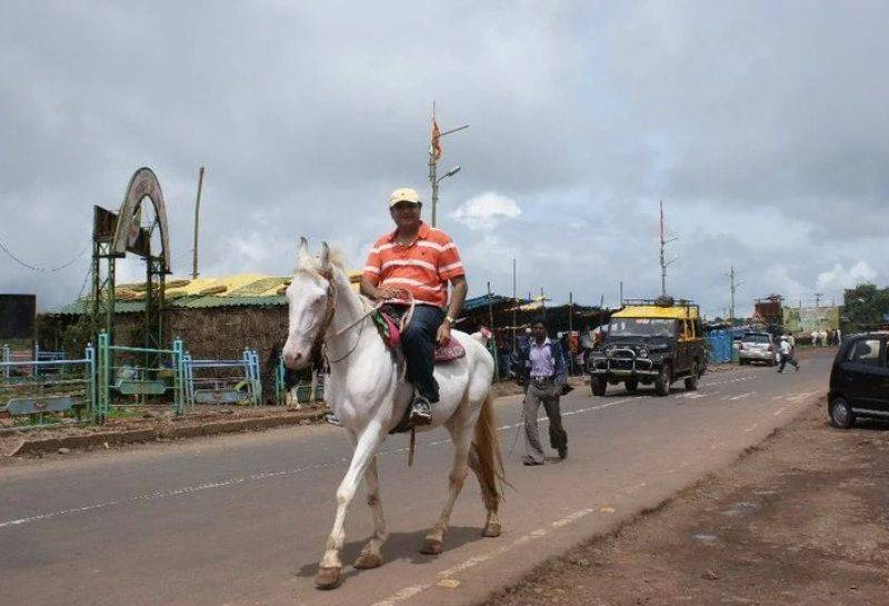 Abu Malik on horseback