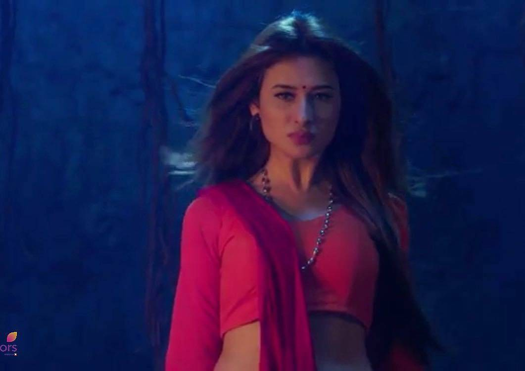 Mahira Sharma in Naagin 3