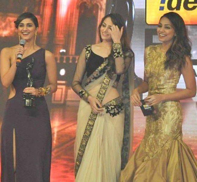 Vaani Kapoor Prize Winning