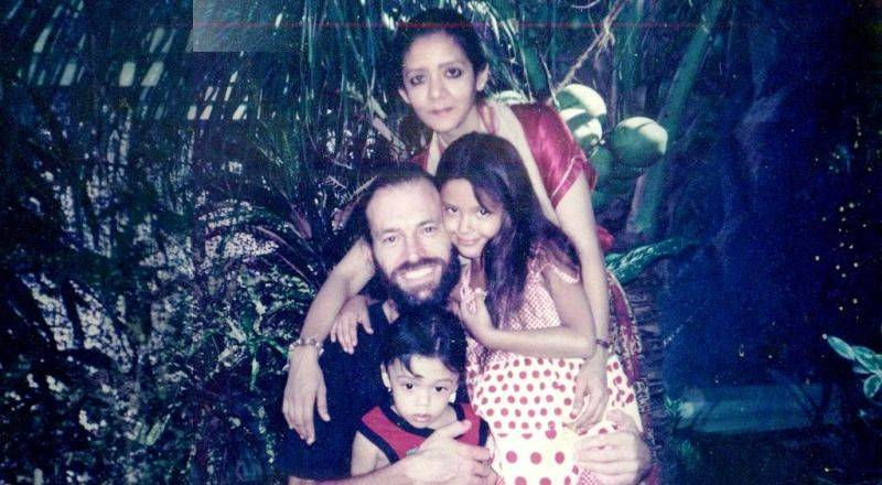 An old photo of Isha Sharvani with his family