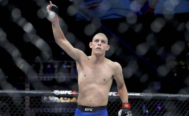 Joe Lauzon Biography - 1571491229 Joe Lauzon Biography