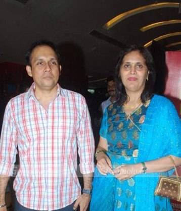Tushar Dalvi with his wife