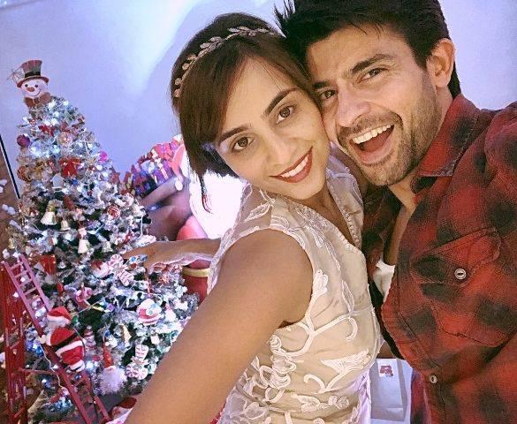 Hussain Kuwajerwala and his wife