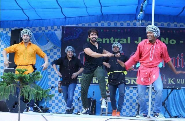 Hussain Kuwajerwala dance performance at Tihar Prison