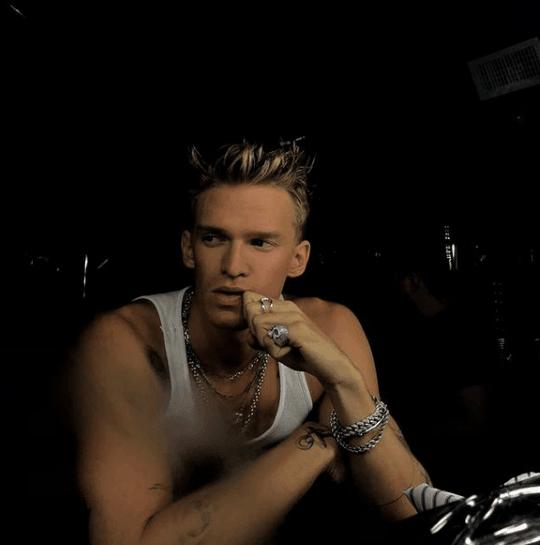 Cody Simpson Biography - Cody Simpson Biography