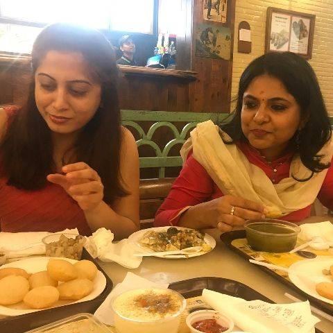 Richa Anirudh likes to eat Golgappe