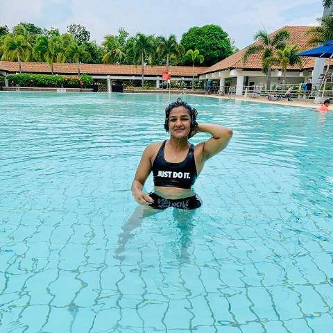Ritu Phogat inside the pool
