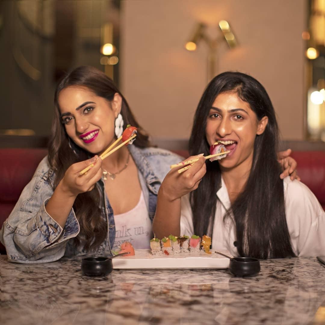Kusha Kapila having Sushi