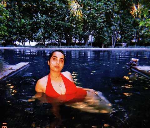 Kusha Kapila inside the pool