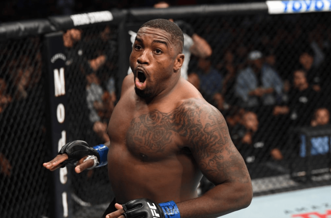 "Walt Harris Career ""data-caption ="" American mixed martial artist currently in the heavyweight division of the Ultimate Fighting Championship ""data-source ="" https://twitter.com/thebigticket205"
