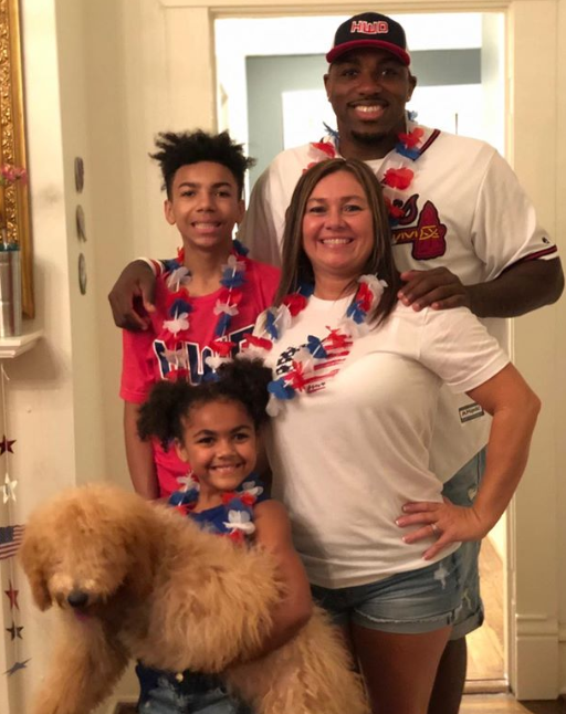 "Walt Harris Family ""data-caption ="" Happy 4th !!! #latepost @ thebigticket205 @ aceballin22 ""data-source ="" https://www.instagram.com/p/BzilPXBBVa2/"