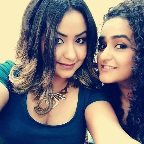 Jannabi Das with her sister