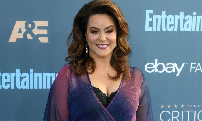 Katy Mixon Height, Bio, Wiki, Age, Husband, Net Worth, Facts - Katy Mixon Height Bio Wiki Age Husband Net Worth Facts