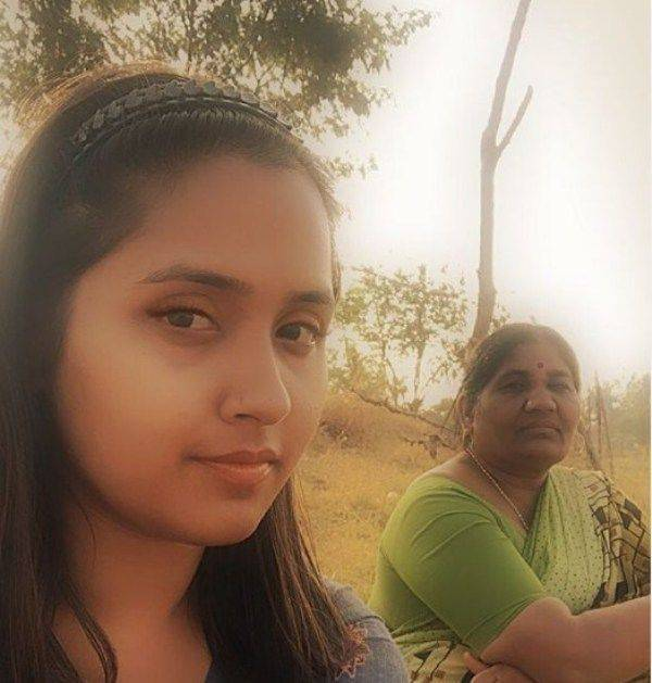 Kajal Raghwani with his mother