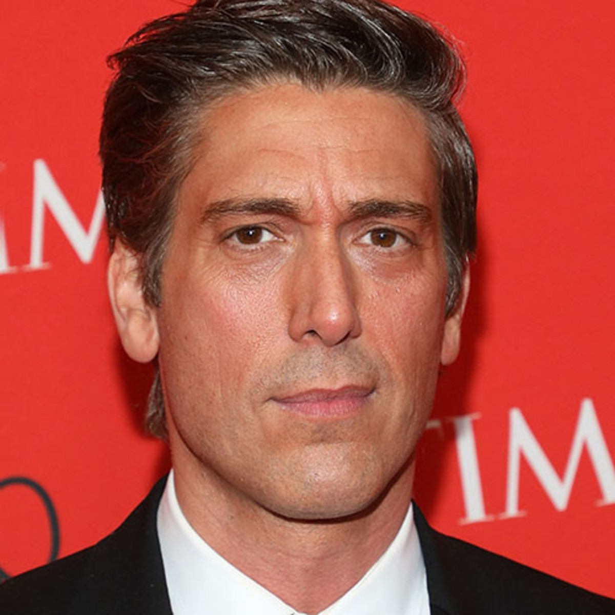 David Muir - ABC News, Parents & Education - Biography