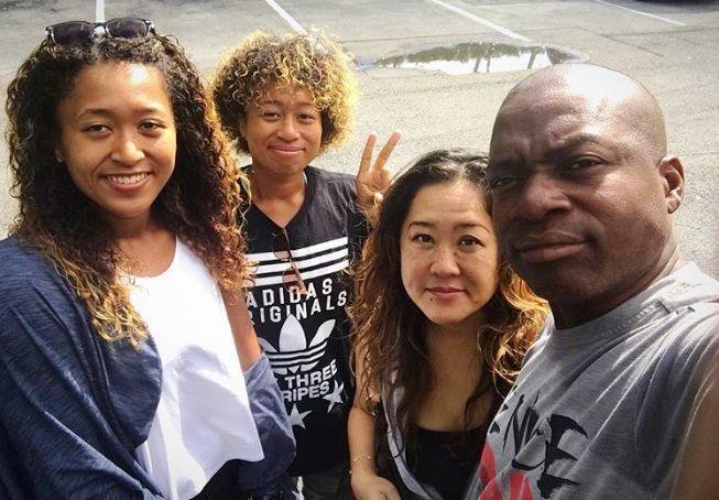 Naomi Osaka Bio Wiki, Boyfriend, Family, Facts, Childhood, Net Worth - Naomi Osaka with her parents and sister