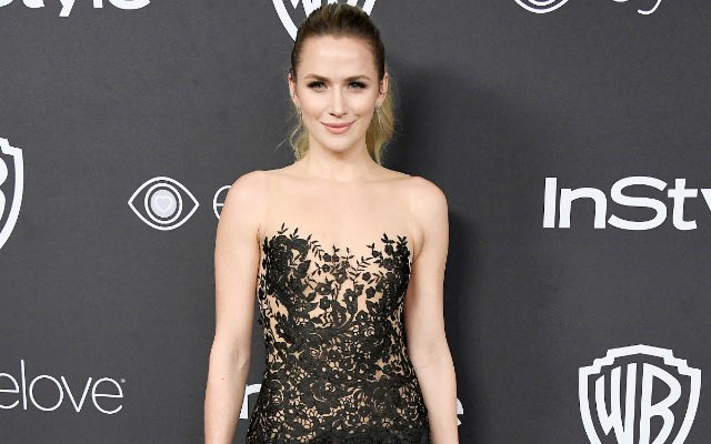 Shantel VanSanten Bio Net worth Height Boyfriend Body Affair Married Ethnicity