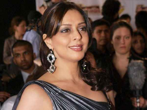 Nagma (Actress) Height, Age, Weight, Wiki, Biography, Boyfriend - nagma